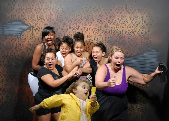 bubble girl goes to haunted house with raven symone